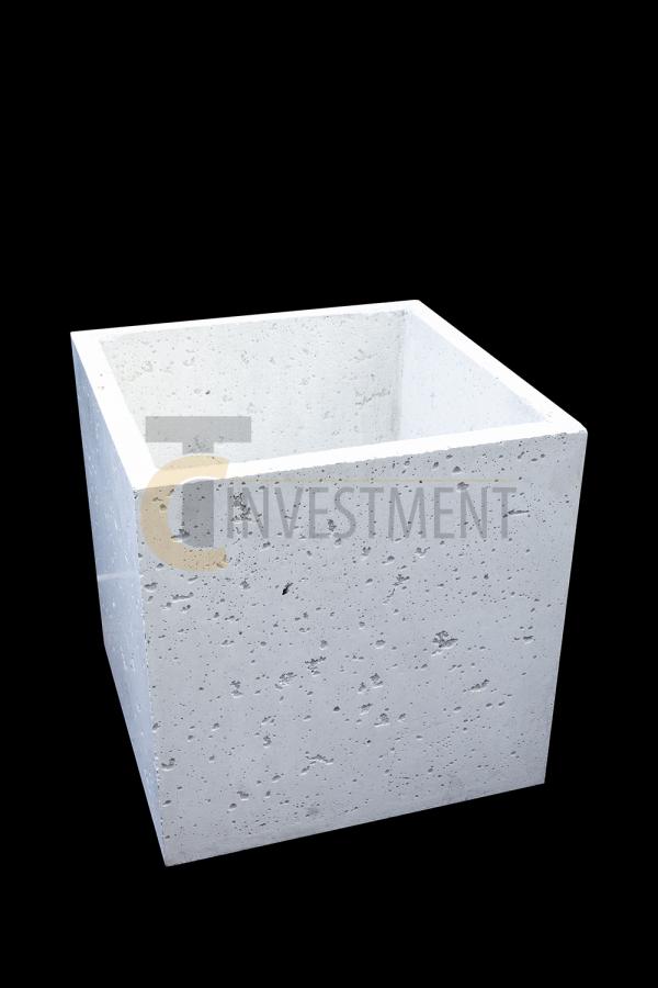 Donica 45x45x45 biaêa 1 copy 600x900 - Donica betonowa ogrodowa 45x45x45 Beton architektoniczny